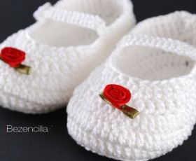 "Merceditas de bebé ""Red rose"" y ""Fiesta"""